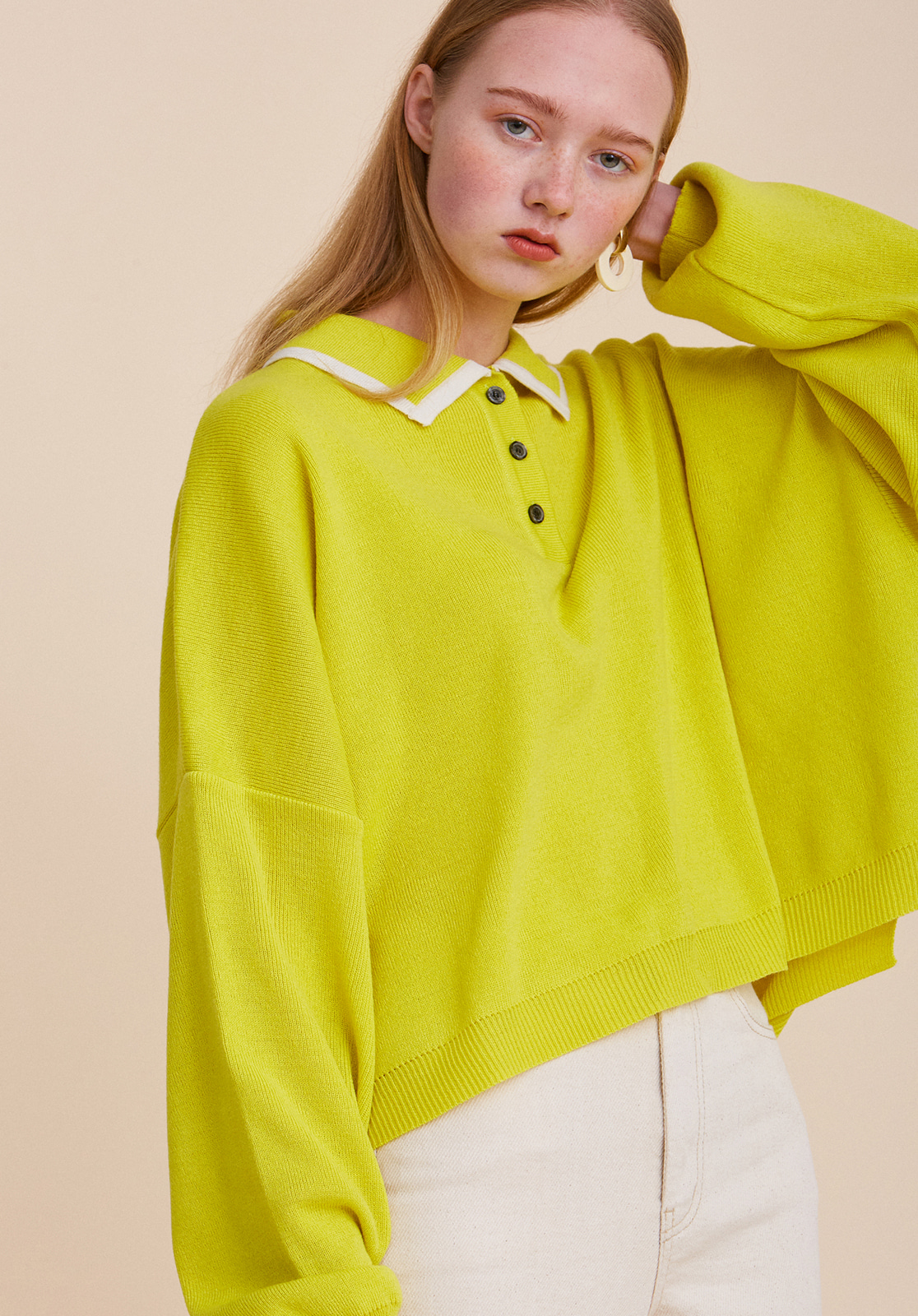 V567 OVER-FIT CROP COLLAR KNIT  YELLOW