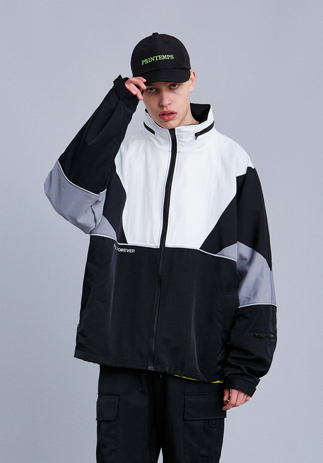 V641 COMBI OVERSIZE WINDBREAKER  BLACK