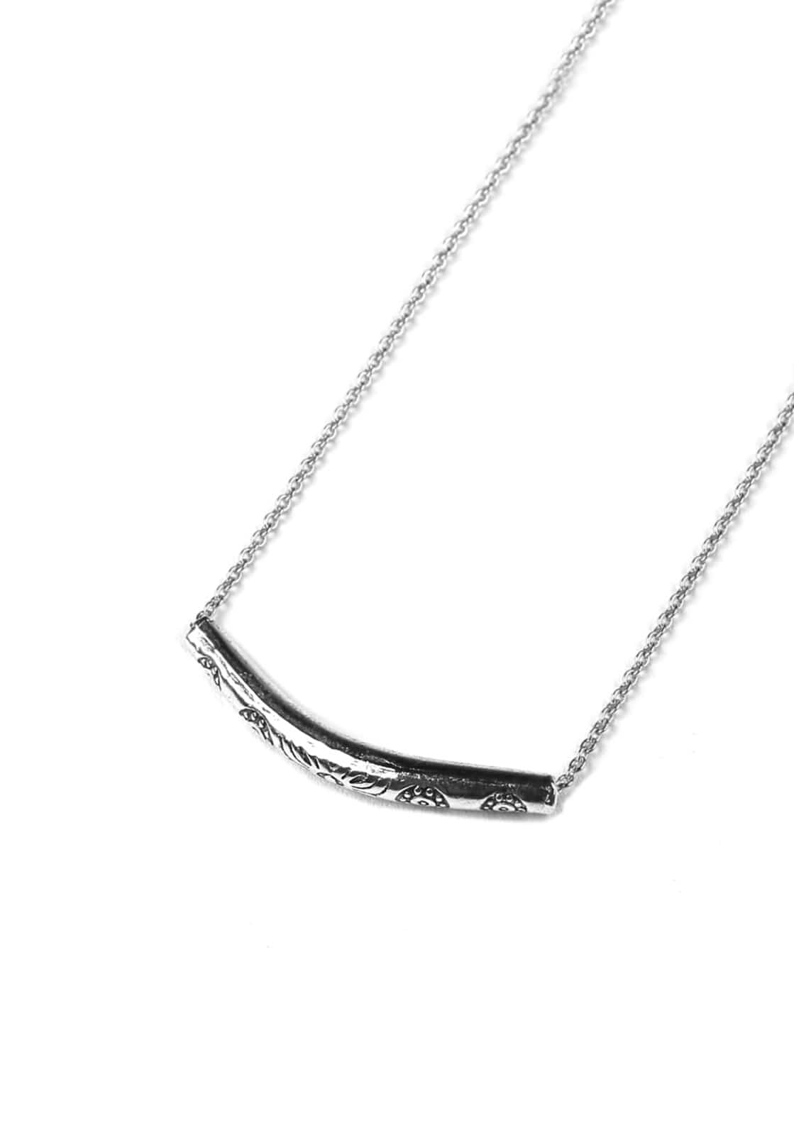 V825 ETHNIC TUNNEL NECKLACE  SLIVER