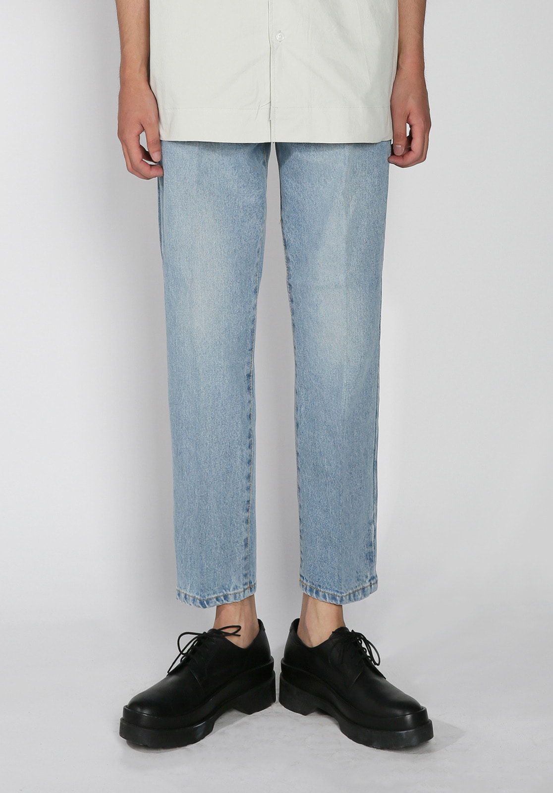 V273 STABLE CROP DENIM PANTSLIGHT BLUE