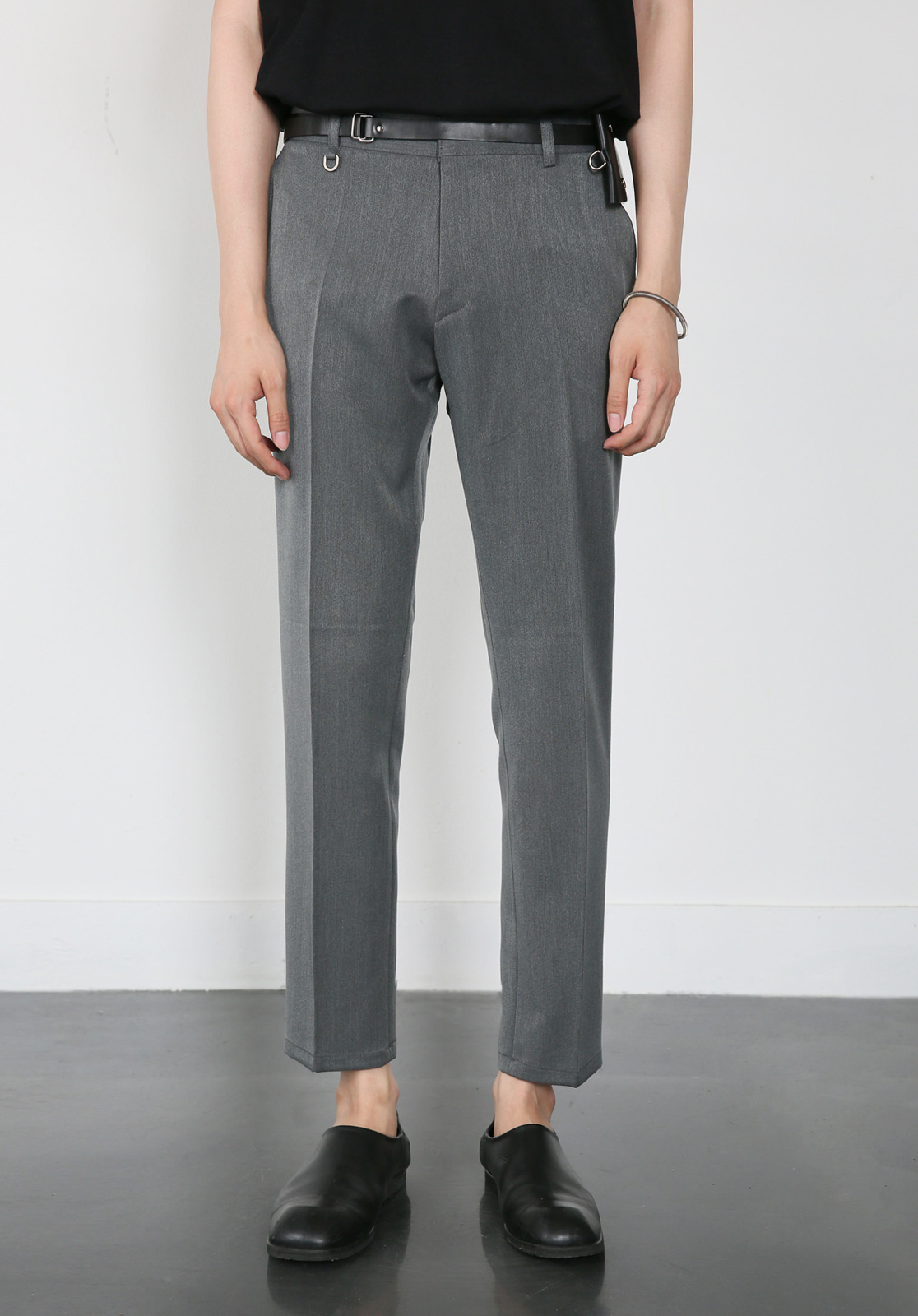 V280 PROUD CROP SLACKS  GRAY