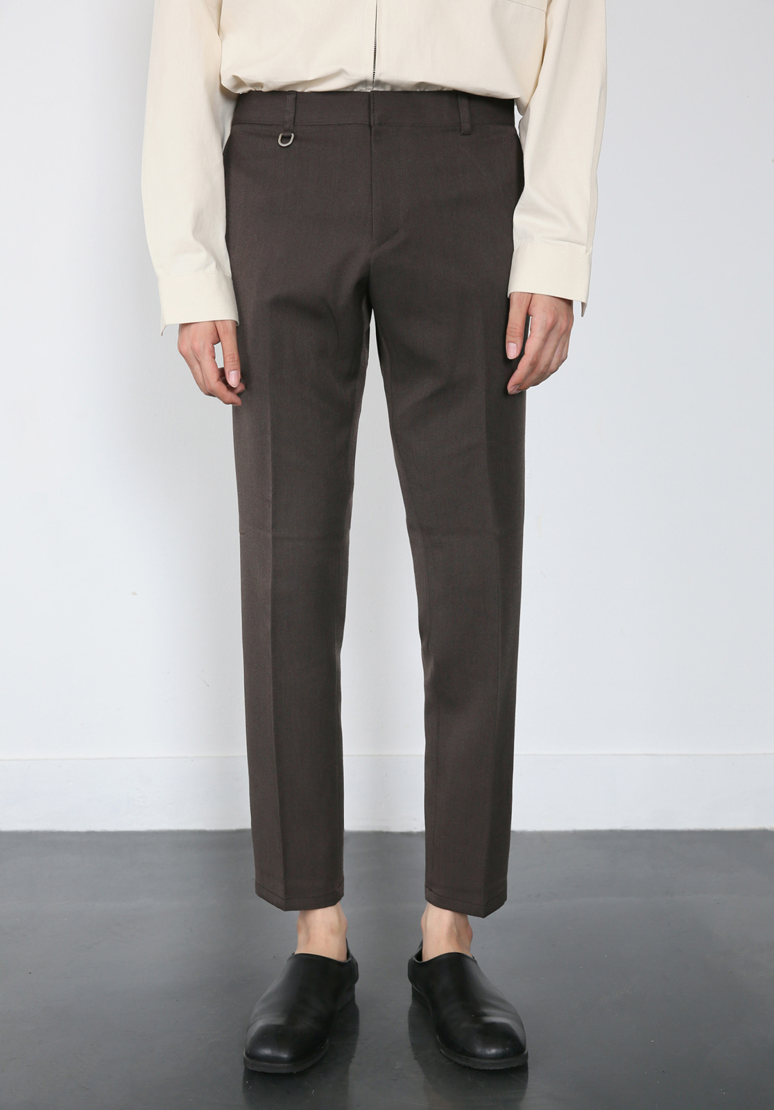 V280 PROUD CROP SLACKS  BROWN